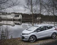 Новият електрически автомобил Opel Ampera-e осигурява нов начин на шофиране