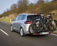 Велосипеди на борда: Транспортирането им е лесна и приятна задача с Opel FlexFix